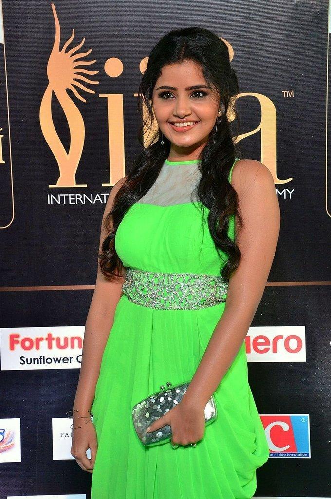 Malayalam Actress Anupama Parameswaran At IIFA Awards 2017