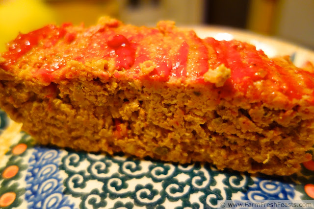 http://www.farmfreshfeasts.com/2013/03/483-meatloaf-stretching-meat-part-3.html