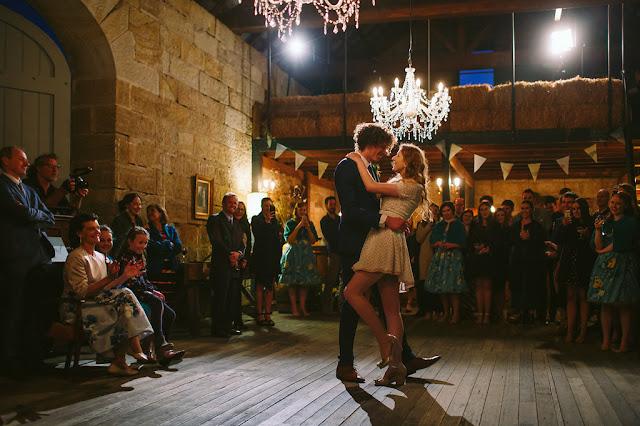 FRED AND HANNAH PHOTOGRAPHY WEDDINGS TASMANIA