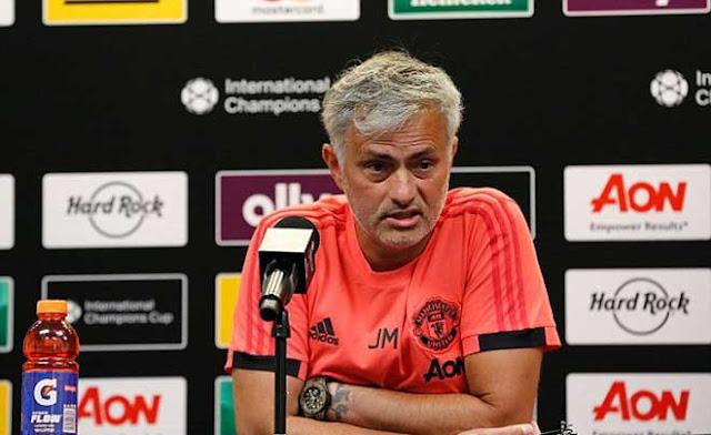 """Biến lớn tại MU: Mourinho """"đấu đá"""" sếp lớn, 400 triệu bảng quá nhiều 1"""