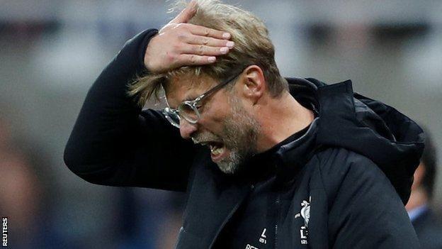 Irritante e previsível, Liverpool empata com o Newcastle