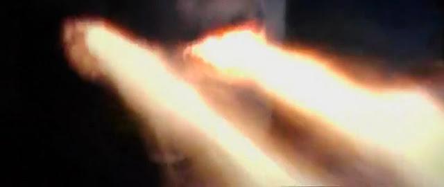 http://4.bp.blogspot.com/-D5hzr6Eh-lI/Uc-H2QWmi8I/AAAAAAAAfAs/vJCDaeFKbnc/s640/escenafinal+(15).jpg