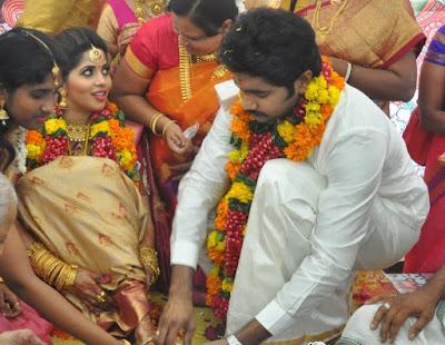 Devika-Madhavan-Marriage-Photos-(35)7461