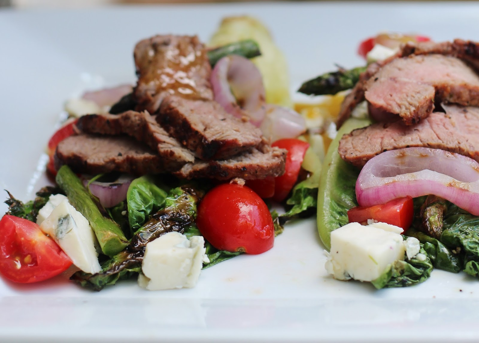Grilled Steak and Romaine Salad