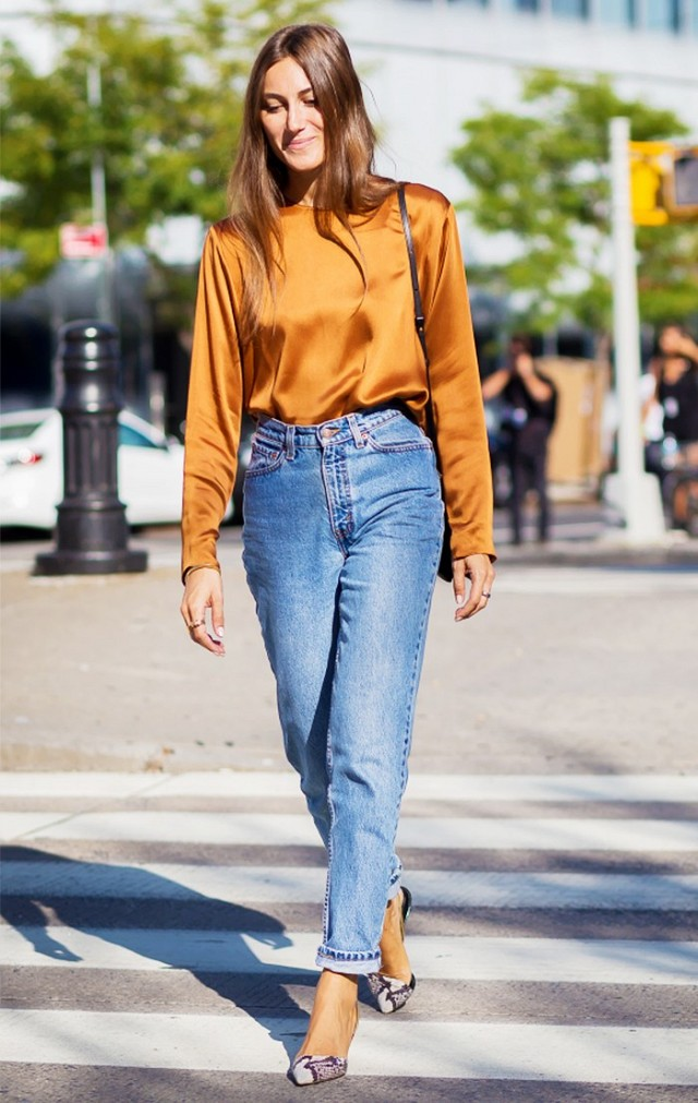 Straight from the time tunnel: how to wear mom jeans ...