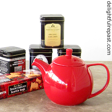 Harney and Sons Fine Teas - Organic Tea Review and Giveaway / www.delightfulrepast.com