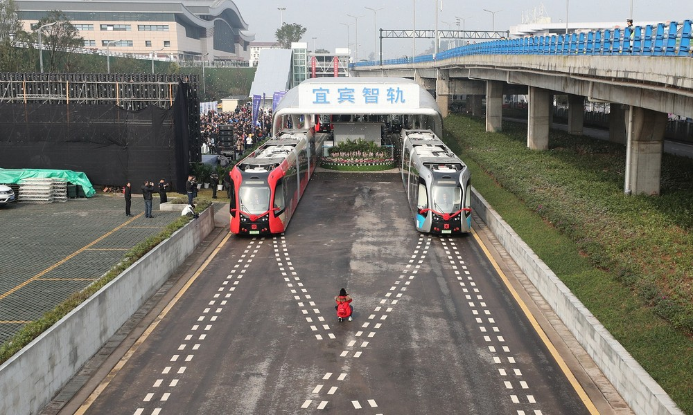 China's Trackless Trains