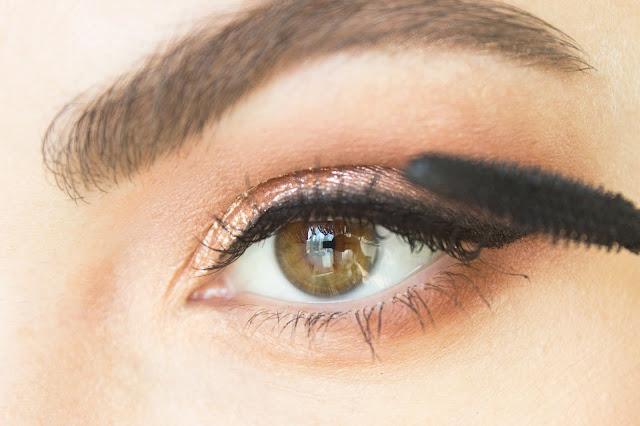 Повседневный макияж бюджетной косметикой: шаг 10