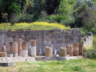 η Νότια Στοά  στην Αρχαία Μεσσήνη
