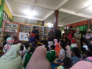 Bunda Literasi Eti Herawati Hadiri Giat Literasi di Perpustakaan 400