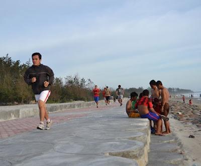 Hasil gambar untuk jogging pantai panjang