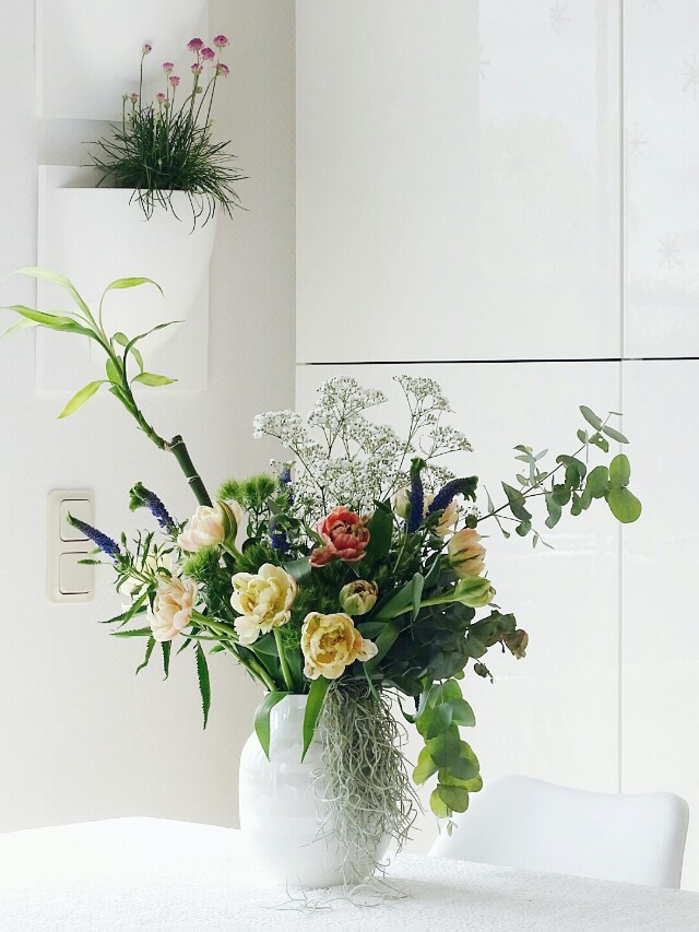 Deko-Ideen mit Pflanzen und Blumensträuße mit Tillandsien und Bambus gestalten | Lieblinge und Inspirationen der Woche | Personal Lifestyle, DIY and Interior Blog | Auf der Mammiladen-Seite des Lebens