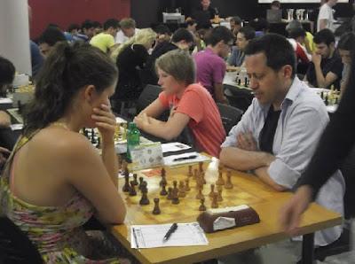 Partida de ajedrez Ellen Oen Carlsen vs. Jordi Herms, 2013