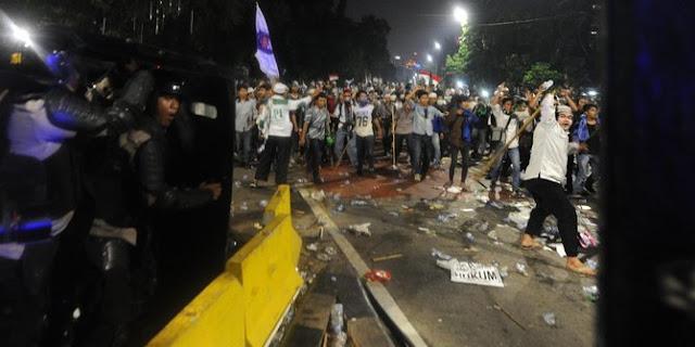 Sesuai Prediksi, Demo Ahok berubah jadi tuntutan turunkan Jokowi