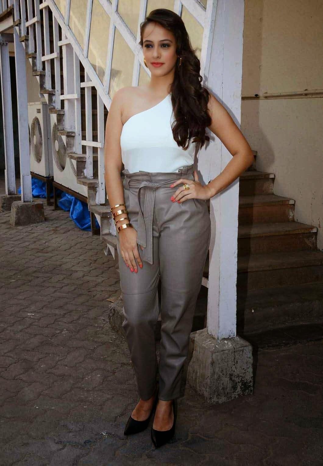Hazel Keech Stills At Dharam Sankat Mein Hindi Movie Press -8974