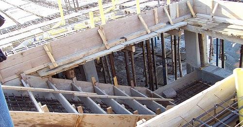 Construcci n de gradas escaleras for Planos de escaleras de hormigon