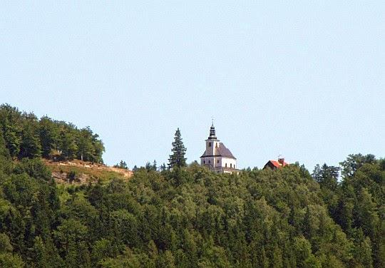 """Sanktuarium Matki Bożej Przyczyny Naszej Radości """"Maria Śnieżna"""" na Iglicznej."""