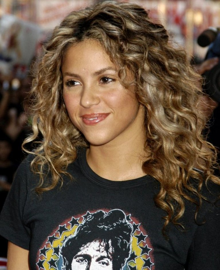 Stupendous Hairstyles For Long Naturally Curly Hair 2016 Short Hair Fashions Hairstyles For Women Draintrainus