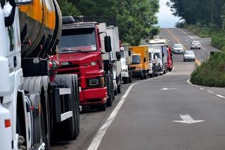 Perdas com a greve dos caminhoneiros superam R$ 75 bilhões