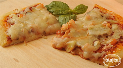 بيتزا رقيقة وبيتزا سميكة - مطبخ فتافيت