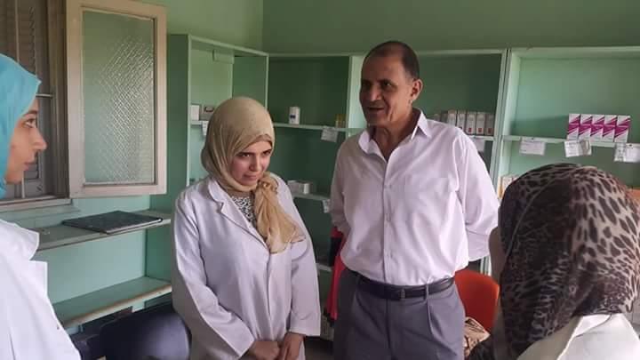 اثناء جولاته المفاجئه طراد سالم يحيل 46 للتحقيق بالوحدة الصحية بشبرا اليمن لعدم تواجدهم بالعمل.