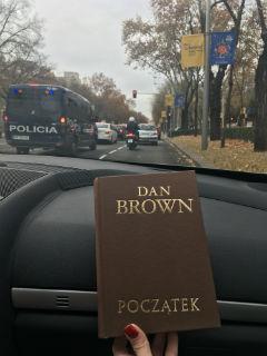 """Początek"" Dana Browna na Paseo de la Castellana, Madrid, fot. paratexterka ©"