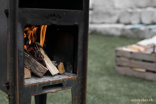 outdoor oven, pizza, ofen, feuer, holzofen, design, staedler made, outdoor cooking, selbstgemachte pizza, woodfired pizza, kickstarter pieter städler, städler ofen