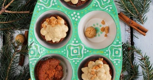 sahnew lkchen rezept f r weihnachtliche amaretto cupcakes mit knusperboden und cappuccino creme. Black Bedroom Furniture Sets. Home Design Ideas