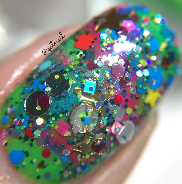 NEW- Rockin Around The Christmas Tree Glitter Nail Polish by Glitter Lambs Swatch by @gotnail