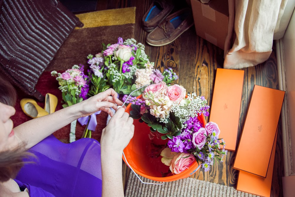 Make Your Own Wedding Flowers: BeIMAGED Photography