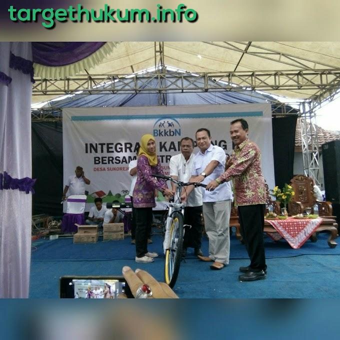 Kunjungan Anggota Komisi IX DPR RI Sri Wulan di Mitra Kampung KB Desa Sukorejo Rembang