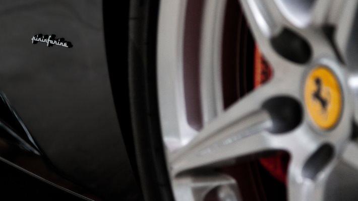 Wallpaper 4: Ferrari 458 Italia