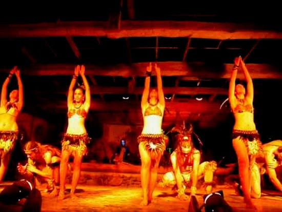 bares e clubes na ilha de pascoa