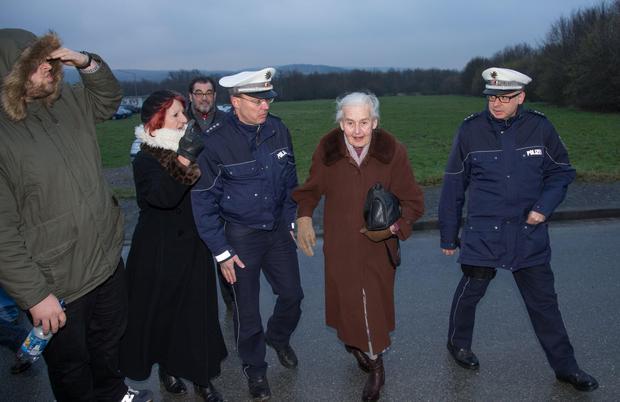 Ursula Haverbeck sitzt im Gefängnis, weil sie ihre Meinung vertreten hat.