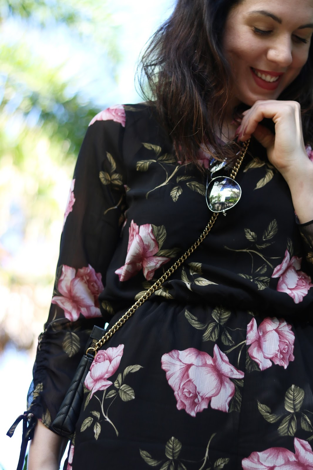 Dynamite floral romper summer travel outfit vancouver fashion blogger