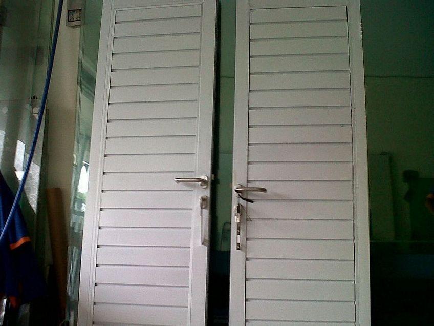 pintu aluminium jalusi 1
