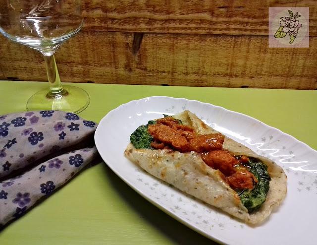 Tortillas Veganas Rellenas de Picadillo de Soja y Espinacas a la Crema.