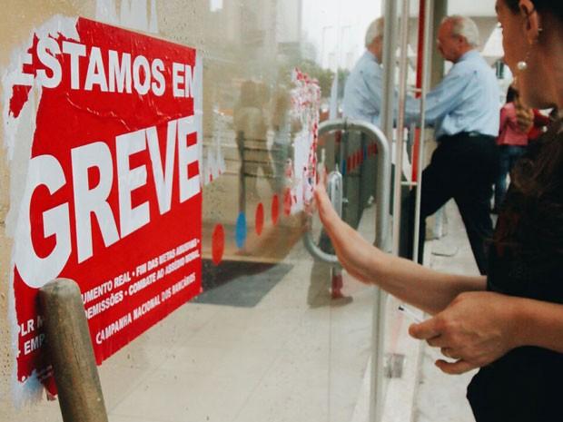 Greve dos bancários já dura 23 dias, a maior desde 2004