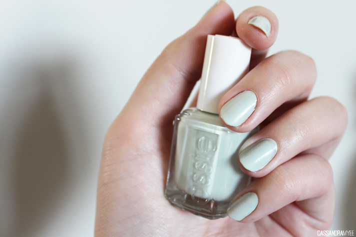 NOTD // Essie Absolutely Shore - CassandraMyee