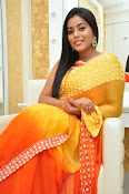 poorna gorgeous photos gallery-thumbnail-10