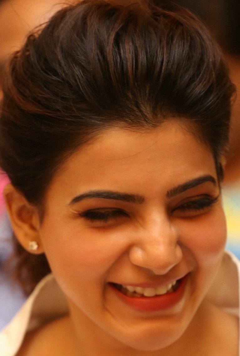 Telugu Actress Samantha Face Close Up Photos Gallery