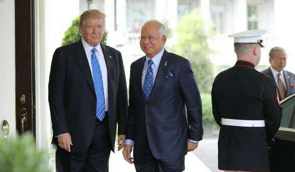 Perdana Menteri di Amerika Syarikat berjumpa Presiden Trump, pembangkang pula yang seperti