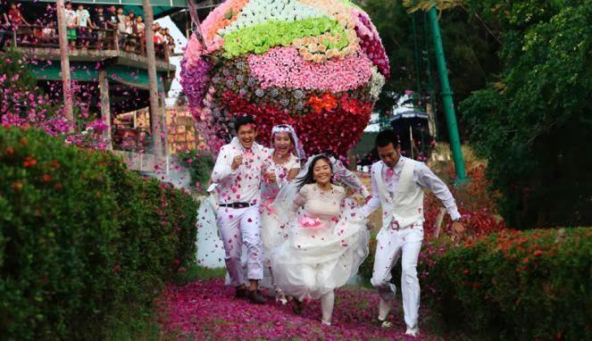 http://sms-ucapanselamat.blogspot.com/