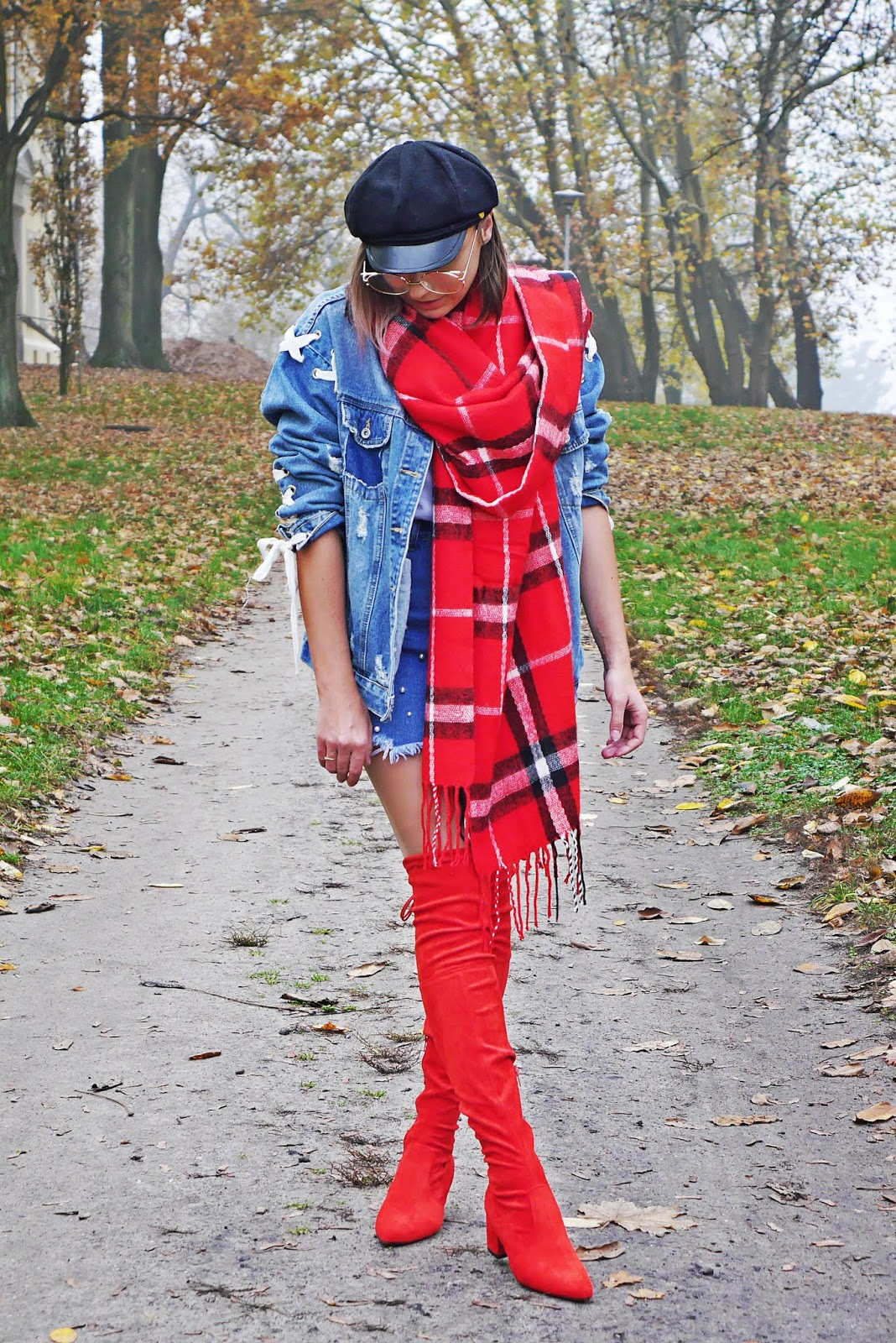 red high knee boots denim jacket outfit karyn blog modowy
