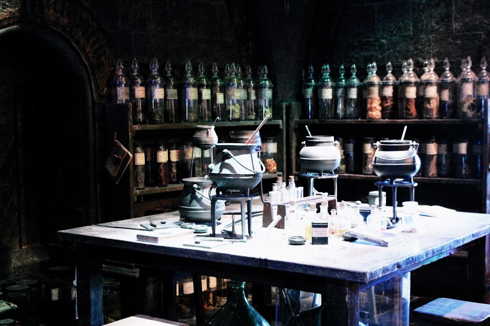 Magic Stirring Cauldrons at Harry Potter Studio Tour London