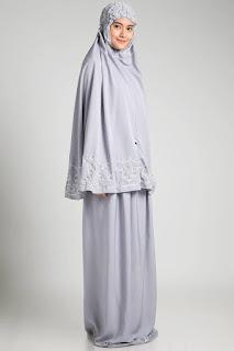 Tips Praktis Merawat Pakaian Berbahan Sutra