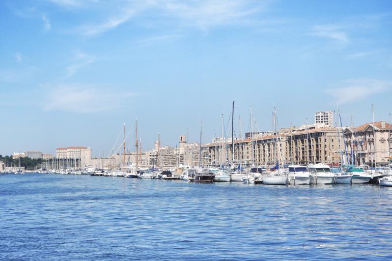 Promenade dans le vieux port de Marseille