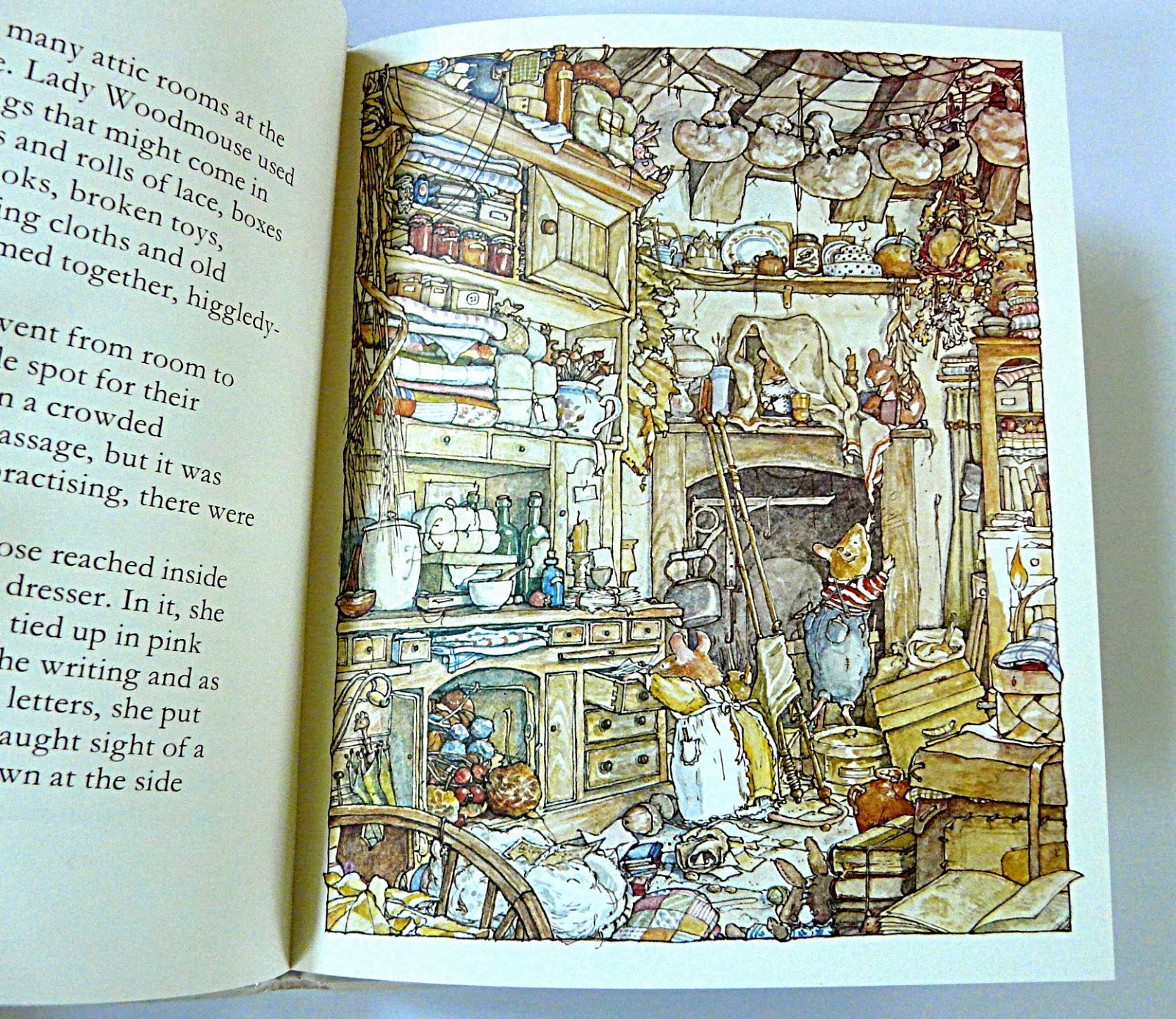 I remember making tiny dressed mice in the 1980's inspired by these books -  I wish I'd kept one of them now!