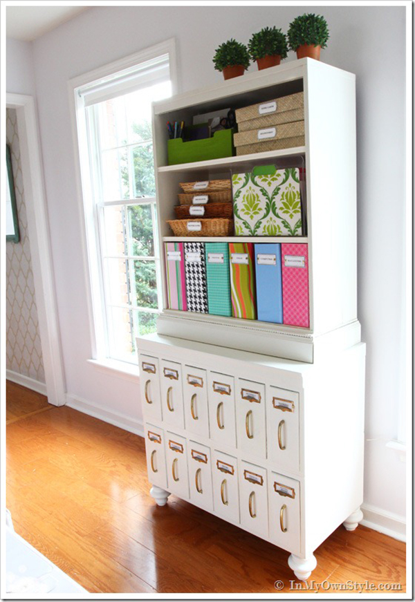 DIY cabinet- If you loved painted furniture or are thinking about using Chalk paint on furniture for the first time then you should check this post full of 25 incredible makeoevers. 25 Fabulous painted furniture ideas!
