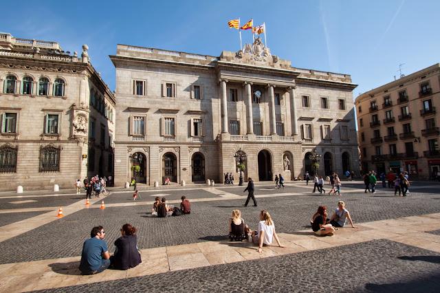 Plaça Ajuntament-Barcellona